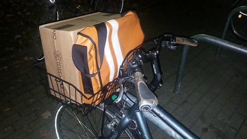 Auch für den Transport von Paketsendungen und eBay-Verkäufe zwischen Packstation und Wohnung bieten die Körbe meist genügend Platz; manchmal wird's etwas wackelig.